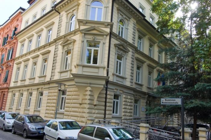 Haus Wendelsteinstr. Bozen abitazione via wendelstein bolzano 20130906 1614956257