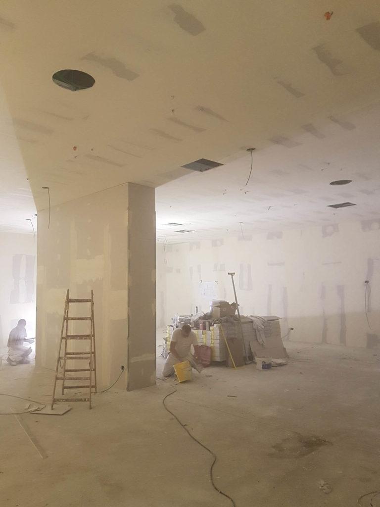 ristrutturazione negozio kalvin klein tommy hilfiger20170825 091753 768x1024 - Tommy Hilfiger e Calvin Klein (Bolzano)