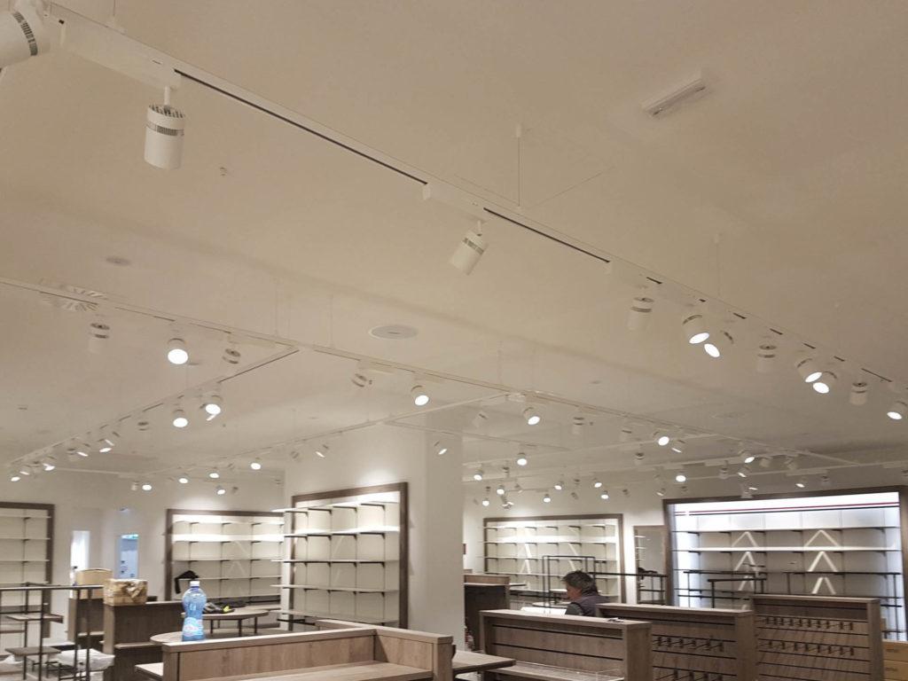 ristrutturazione negozio kalvin klein tommy hilfiger20170908 140144 1024x768 - Tommy Hilfiger e Calvin Klein (Bolzano)
