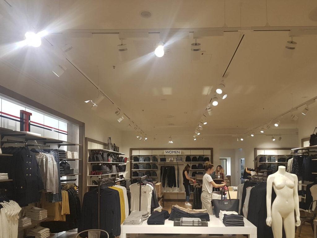 ristrutturazione negozio kalvin klein tommy hilfiger20170913 113439 1024x768 - Tommy Hilfiger e Calvin Klein (Bolzano)